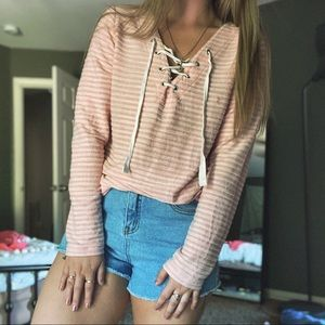 3/$30 ✨ Pink lace-up detail lightweight sweater